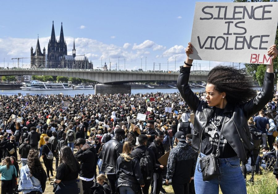 (Image via The Atlantic, Photo Credit to Martin Meissner, AP)